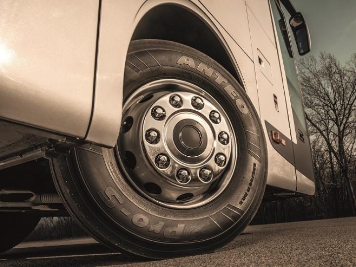Prometeon leva mais de 35 pneus agro e truck para a edição 2019 da Agrishow