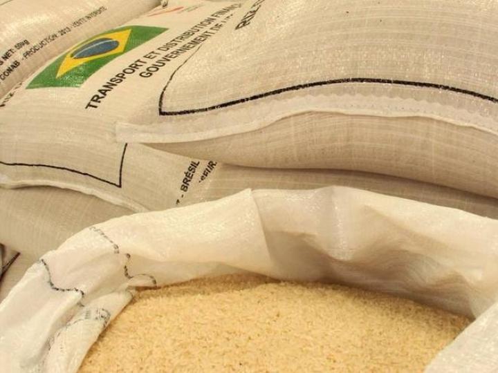 Conab revela volume de arroz estocado em rede privada