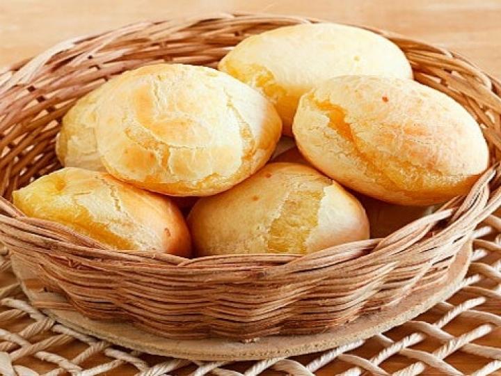 Secretaria de Agricultura desenvolve pão de queijo sem ovo e com menor potencial alergênico
