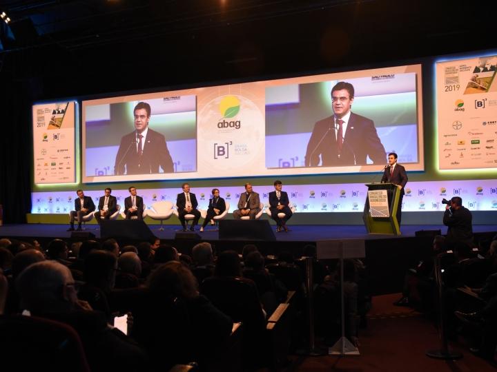 Agronegócio nacional precisa de ações de comunicação integrada