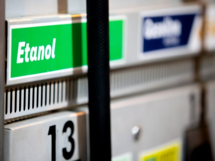 Consumo de combustíveis cresce 3,5% e etanol bate novo recorde