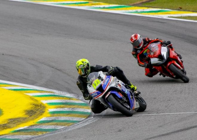 Guto Figueiredo fatura título do SuperBike em prova em Interlagos