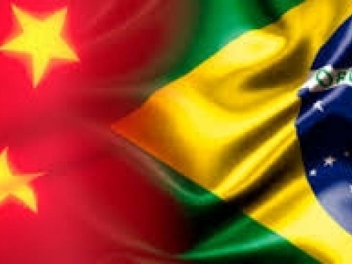 Ministra e embaixador da China debatem relação comercial entre países