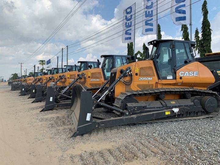 CASE entrega 125 equipamentos à Angola