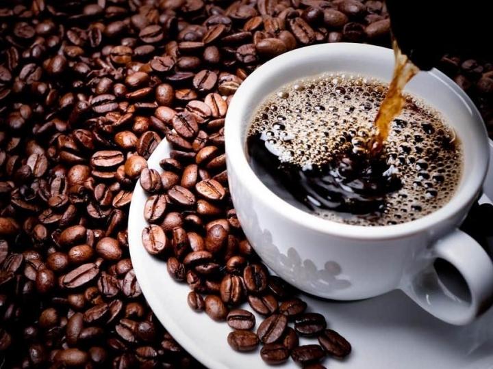 Café bate recorde com produção 39,7% maior que a de 2019