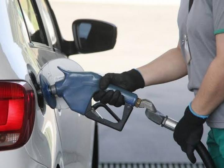 Gasolina fica mais cara na Região Sudeste e mantém alta por 6 meses consecutivos