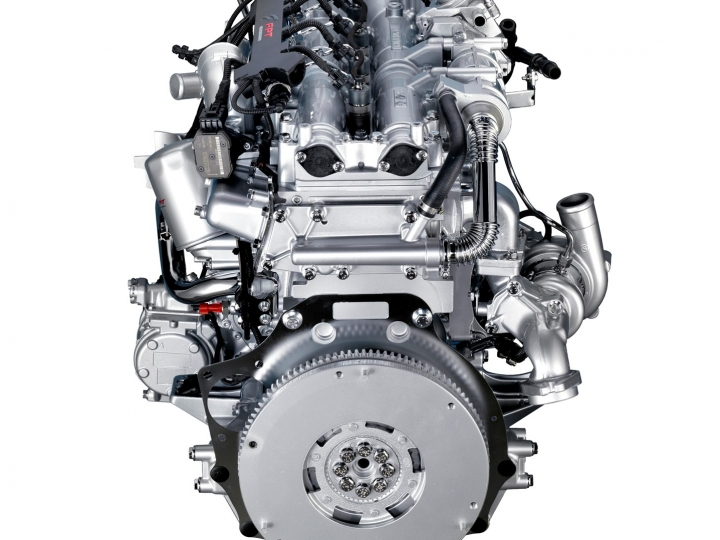 LMV-BR traz a robustez e a confiabilidade do motor F1C