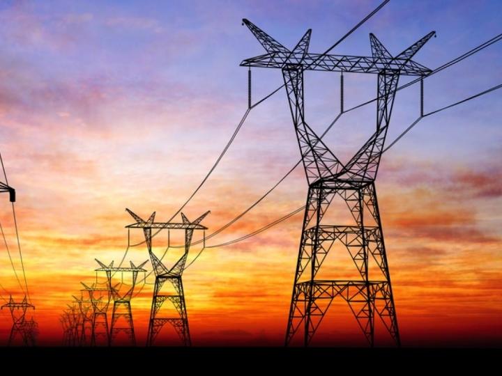 Usinas de cana discutem com governo como gerar mais energia diante de crise hídrica