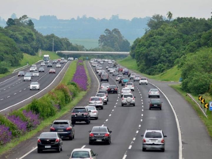 Fiat terá somente elétricos em 2030