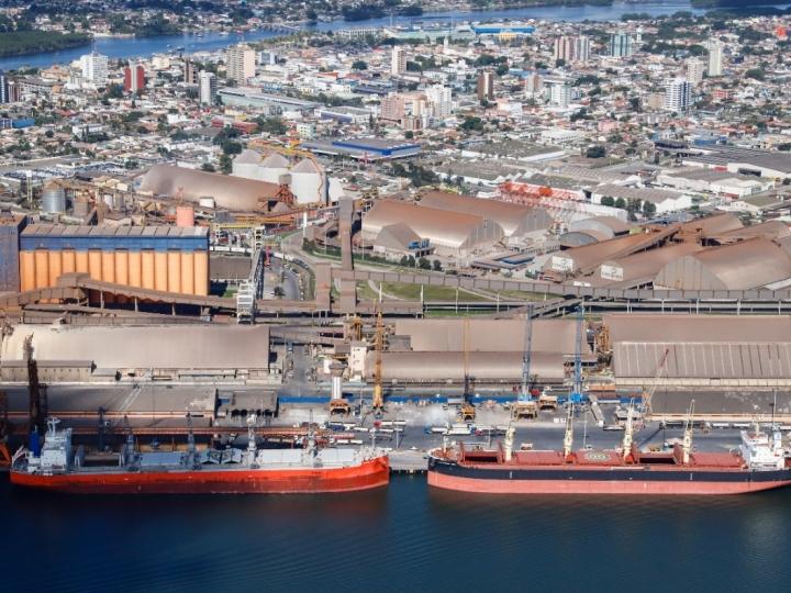 Corredor de Exportação do Porto de Paranaguá registra alta de 6% em julho